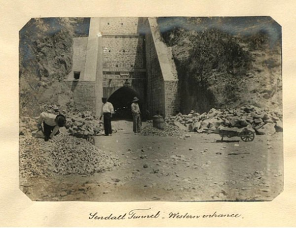 Sendall Tunnel western side (onto Bruce Street)