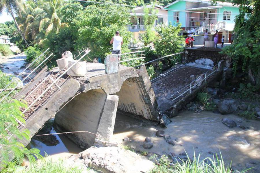 Bridge collapse 1